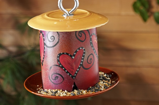 9 diy plans to make homemade bird feeders going evergreen for Making a bird feeder out of recycled materials