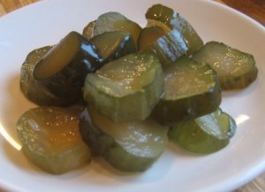 Quick Pickled Cucumbers Sweetened