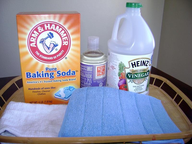 Homemade AllPurpose Cleaner Recipes Going EverGreen - Baking soda bathroom cleaner