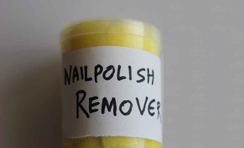How to make DIY Nail Polish Remover - Going EverGreen