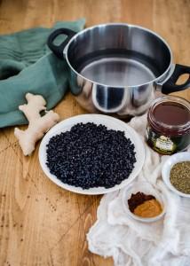 DIY Organic Elderberry Syrup